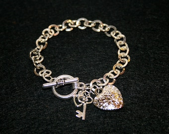 "Silver metal bracelet ""Valentine hearts"""