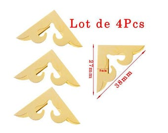 Golden corners model a. Size approximately 27x38mm and thickness 9mm set of 4Pcs