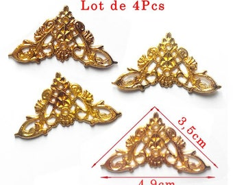 Golden corner model Q. Size approximately 49 x 35mm. Set of 4Pcs.