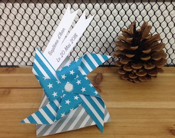 Gift-wrapped with windmill customizable on demand - the choice of colors - feel free to contact me