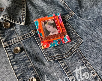 Brooch full of color, with a touch of Asian softness, textile art, JoeLesBiscottos