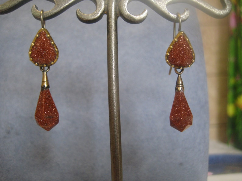 Reserved for L Antique gold earrings 9K with gold stones