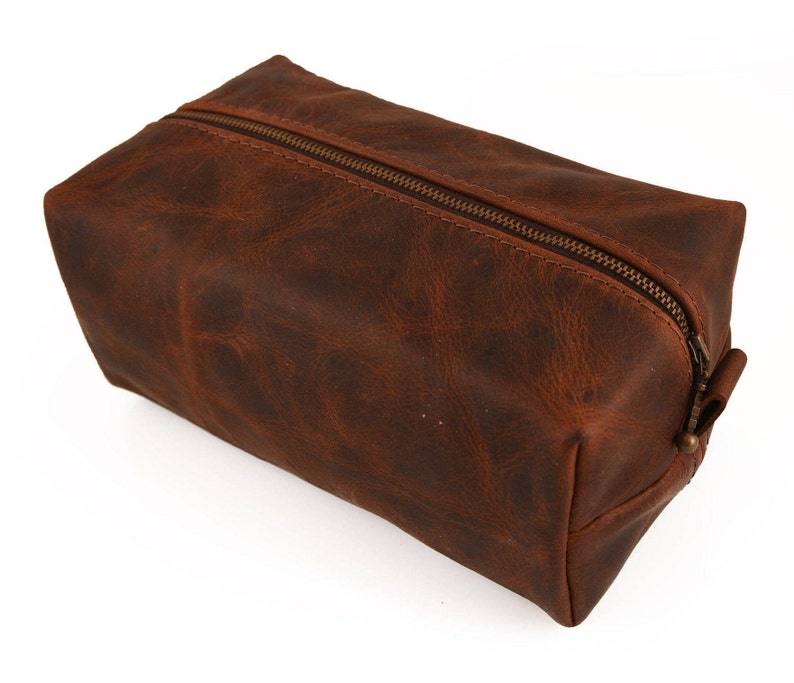 826b0e1d018d Thick Leather Large Dopp kit, Handmade Personalized Grooming bag, Large  Toiletry case, Leather Gift for him, Men travel bag, Mens gift, bag