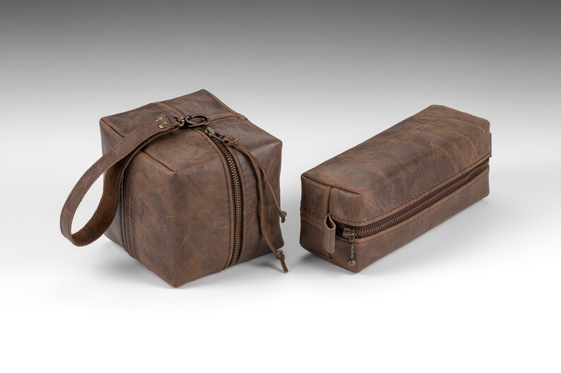 346b710ab604 Set of 6, Rustic Leather Dopp kits, Personalized Groomsmen Toiletry bags,  Handmade wedding Gift set Mens Toiletry bag, Shaving kit