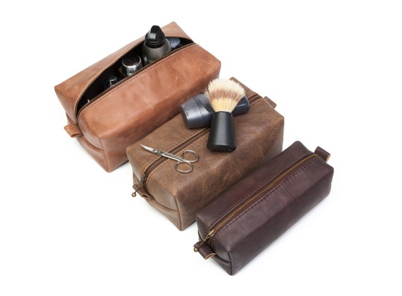 39bf11fd364a Set of 5 Real Leather Dopp Kit Groomsmen Toiletry Bag