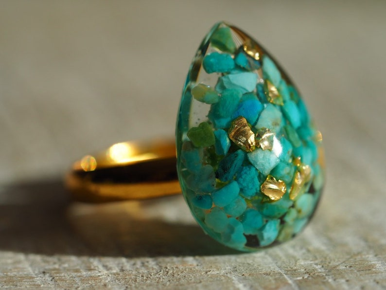 Turquoise adjustable ring-blue green ring-ring with semi-precious stone in resin-gemstone ring-turquoise in resin ring New Mexico