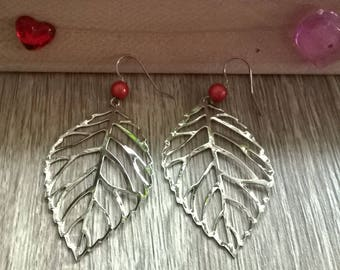 Earrings leaves and orange beads