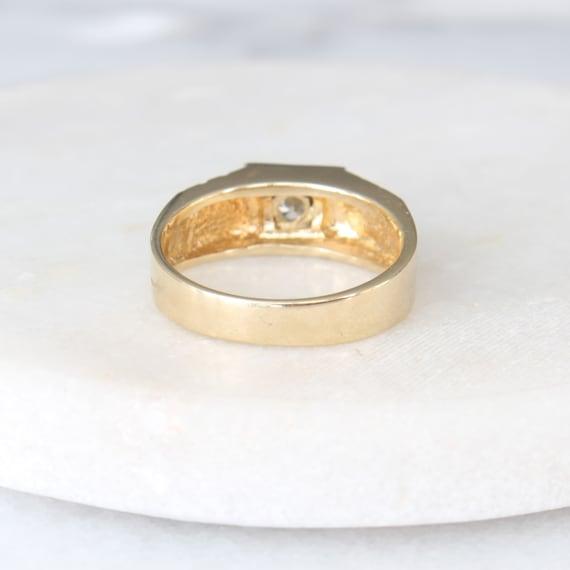 14k Gold Diamond Star Ring   Vintage Two Tone Yel… - image 5