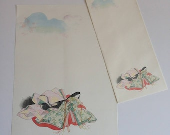 Japanese stationery with envelopes, pattern Junihitoe, 12 sheets and 4 envelopes (P038)