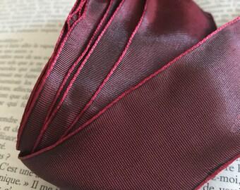 Purple moiré Ribbon