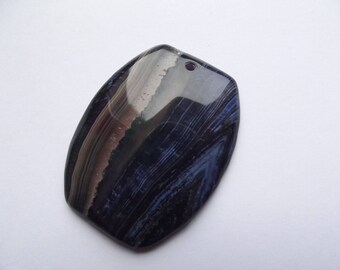Agate is tinted oval shaped KAYA 407