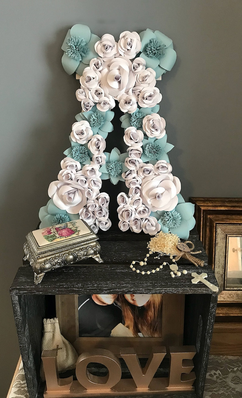 Wooden Letter, Floral Letter, Nursery Flowers, Wedding Flowers, Flower  Backdrop, Gifts for her, Gifts for him, Stocking Stuffer