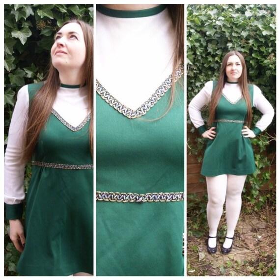 Vintage 60's Dark Green & White Mini Dress Mod Lur