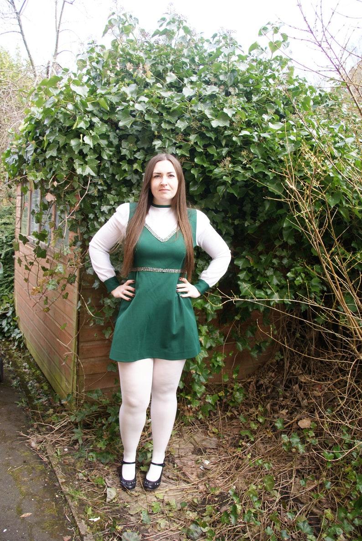 Vintage 60er Jahre dunkel grün & weiß Mini Kleid Mod Lurex ...