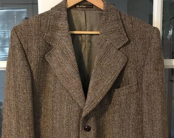 Harris Tweed 3-Button 44 Herringbone Tan/Brown w/Rust Stripe. Tailored for Campbell's of Beauly Item#220