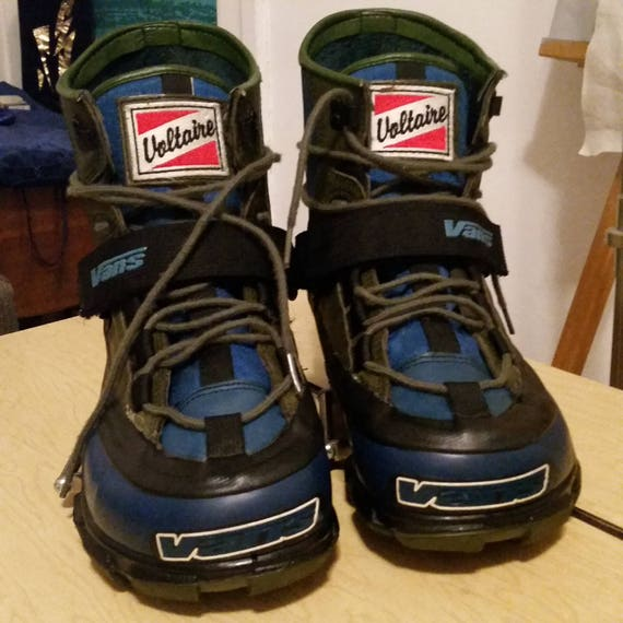 vans switch snowboard boots