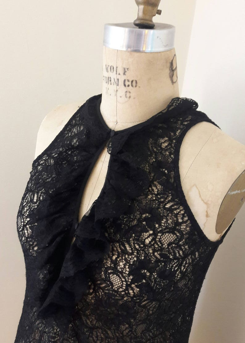 LOVELY POETS LACE 90/'s Vintage Ruffle Re-embroidered Lace Top by Kenar Romantic Valentino Look Size M