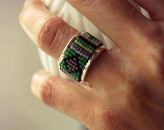Jonc Ring, Woven Ring, Miyuki Ring, Green Ring, Woven Pearl Ring, Adjustable Ring, Native American Ring, Boho Ring, Boho Ring