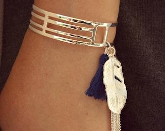 Women's bracelet, Silver bracelet, Breloque bracelet, Cuff bracelet, Boho bracelet, Boho bracelet, Blue Pompon bracelet, Woman's Gift