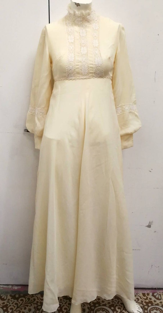 The Parisian Girl Creamy Gauzy Dress