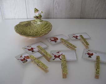 Christmas chocolate cup and its six brand-place card