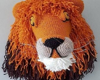 Crochet lion head trophy