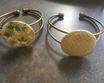 Yellow bracelet adjustable brass