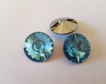 Blue aquamarine 14MM button