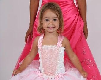 ebf9a5d9c51d4 Robes de petite fille d honneur
