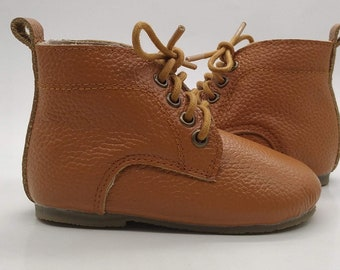 LOGAN Tan Leather unisex toddler vintage inspired boots with FREE storage bag