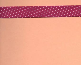 Bias pronounced pink background (stranded 718) with pastel pink polka dots 2cm wide