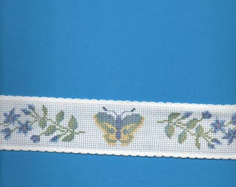 2 m 75 stripe white background with butterflies and flowers 5cm wide