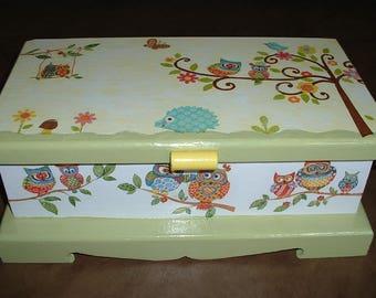 Casket box storage - the OWL