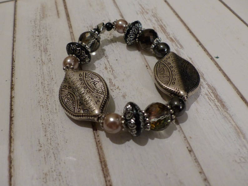 Black and silver hematis tuning necklace and bracelet