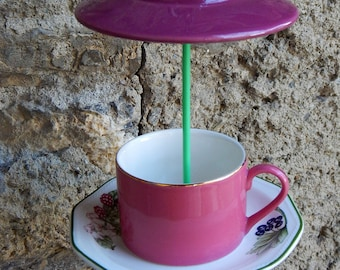 English Teacup bird feeder
