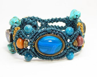 Turquoise and agate semi precious stones bracelet