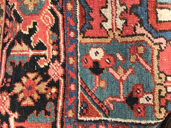 Authentic Antique Heriz Serapi c1920. Salmon/ Coral elegant wool carpet. 7 x 10. Great buy!
