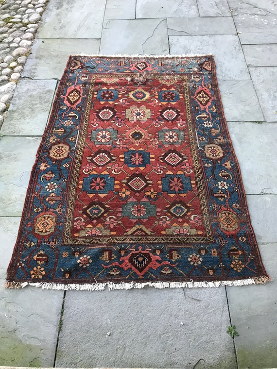 Antique hand knotted wool rug. 4x6 All organic dyes Hamadan rug c1920, wonderful design and colors, pink, blue, Salmon, gold