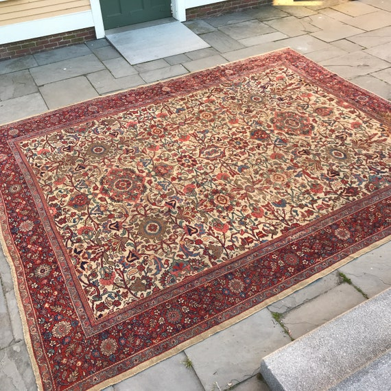 Vintage area rug. 9 x 12, Pre 1900 hand knotted wool carpet. Persian Sultanabad, wonder color, even wear all over. Stunning Antique Large