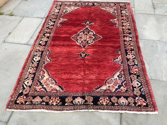 Vintage red rug 6' x 4 ', Sarouk Mir Malayer, Beautiful field of soft red pile with classic floral border in pastels and central medallion.