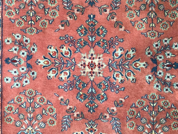 Beautiful Classic Vintage Oriental rug.  Sarouk 1950 in excellent condition. Vegetable dyed wool on cotton foundation.  Beautifully made.4x6