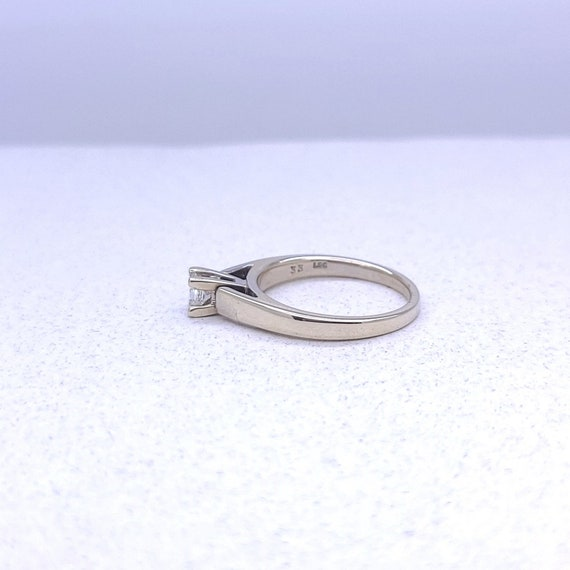 14K white gold solitaire ring - image 3