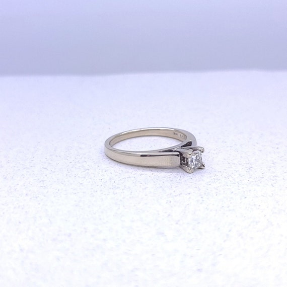 14K white gold solitaire ring - image 8