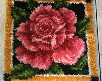 Vintge Rose Wall Hanging