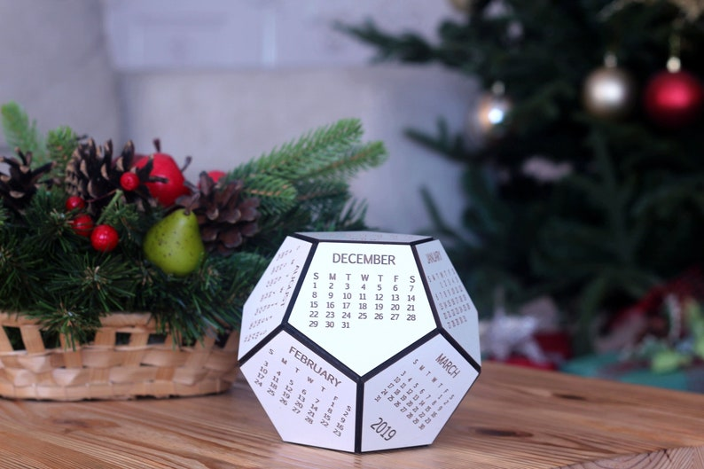 Christmas Gifts For Husband 2019.Calendar 2019 With Box Coworker Christmas Gift Desk Calendar 2019 Husband Christmas Gift Personalized Christmas Gifts Christmas Gift Ideas