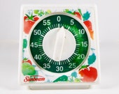 Vintage Sunbeam Kitchen Timer Wind-Up 60 Minute with Big Bell Sound, Tested, Works Perfectly Red, Green, White Veggies Design
