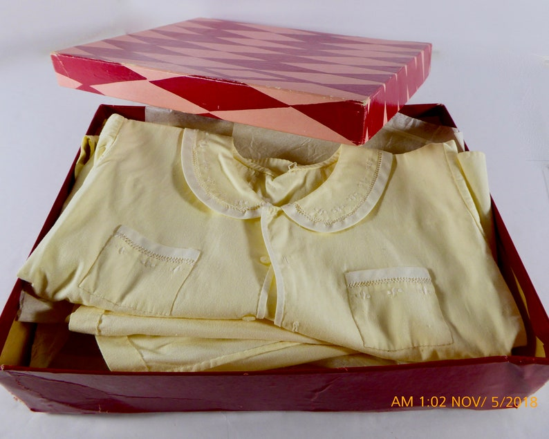 Vintage Romper Dress-Up Dainty Buttery Yellow Circa Mid-Century Era 1940/'s Fine Embroidery and Button Details Child or Doll Dress Up