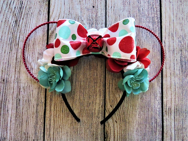 6b08038b5b97b Christmas Disney Ears Twisted Wire Mickey Ears Floral
