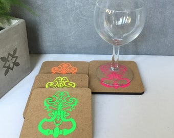 graphic coasters / coaster is engraved by laser machine / gift / set of 4