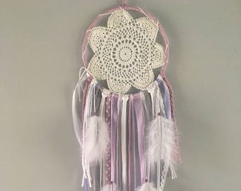 Dream catcher / Dream catcher white, purple and lilac with white feathers